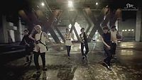 EXO_-Growl_Music-Video_2nd-Version-Korean-ver..mp4